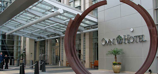 A view of the entrance to the Omni Hotel San Diego lobby