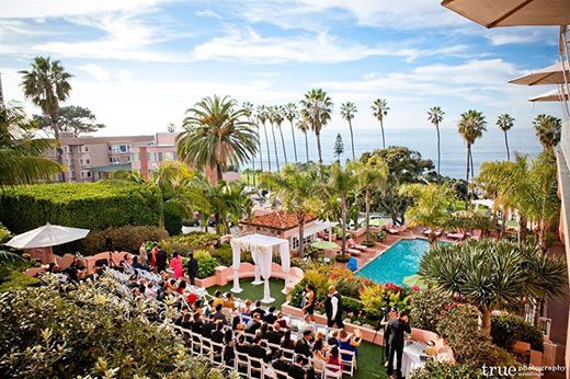Stunning overview of wedding ceremony at La Valencia