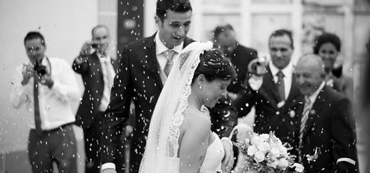 Saying thanks to wedding parties