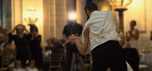 How to Have the Best Songs Played at Your Wedding